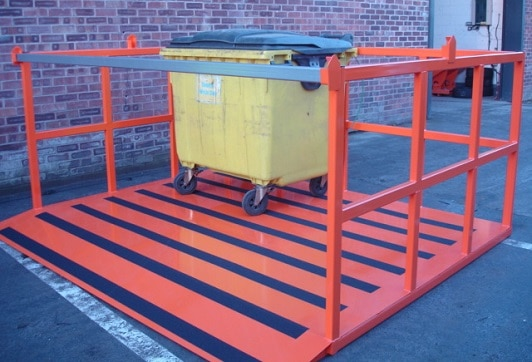 1100 litre Wheelie Bin Lifter Attachment